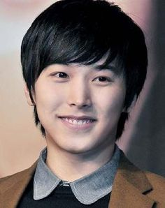 Super Junior's Sungmin pushed back his military service enlistment to continue promotions. http://www.kpopstarz.com/tags/super-junior
