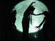 Desolate Land: Danza nella Luna