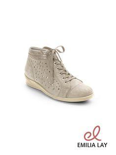 Schöne Schuhe von Waldläufer. Jetzt bei Emilia Lay entdecken!