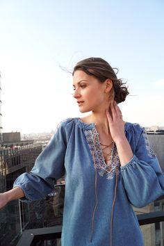 Blouse Romane  www.lescomptoirsd... #lescomptoirsdorta #eshop #blouse #romane #jeans #boheme #spring #collection #crush