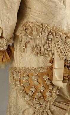 Dress      1879–80