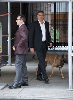 Person of Interest Photos == Finch, Reese and Bear <3