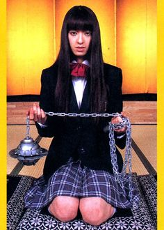 Make your own Gogo Yubari costume from Kill Bill. This school girl costume is a great halloween costume and a great fancy dress costume Quentin Tarantino, Costume Halloween, Kill Bill Costume, Kill Bill Movie, Requiem For A Dream, Death Proof, Non Plus Ultra, Film Serie, Cultura Pop