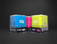 3Q QBA portable audio speaker packaging design.