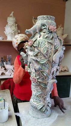 Midlands Meander...Ardmore Ceramics - South Africa. www,midlandsmeander.co.za