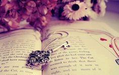 Vintage Photography Book Key Flowers Picture HD Wallpaper for Desktop