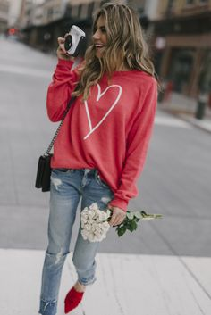 7 Casual Valentine's Day Outfits