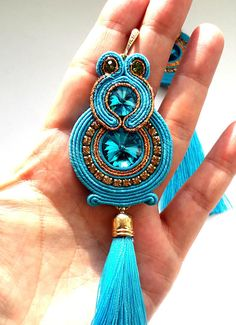 Artículos similares a Long tassel earrings soutache blue wedding earrings hoop oriental jewelry bollywood belly dance very long blue cristal women gift sister en Etsy Soutache Pendant, Soutache Necklace, Earrings Handmade, Handmade Jewelry, Long Tassel Earrings, Wedding Earrings, Gifts For Women, Beaded Jewelry, Ideas