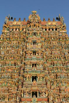 Temple India, Indian Temple, Buddhist Stupa, Bodh Gaya, 4k Wallpaper For Mobile, Temple Architecture, Mughal Empire, Madurai, Varanasi
