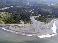 World's Largest Dam Removal Unleashes U.S. River After Century of Electric Production