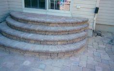 paver patio stairs with landing Concrete Patio Designs, Outdoor Patio Designs, Outdoor Kitchen Design, Paver Walkway, Diy Paver, Paver Sand, Paver Edging, Round Stairs, Patio Stairs