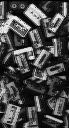 Black Aesthetic Wallpaper, Black And White Aesthetic, Aesthetic Colors, Aesthetic Pictures, Aesthetic Wallpapers, Spring Aesthetic, Beige Aesthetic, Black And White Picture Wall, Black And White Wallpaper