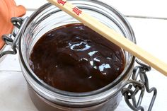This homemade hoisin sauce is the ULTIMATE in flavor! It takes all of 5 minutes to make and will transform your Asian dishes! (substitute miso thinned with soy sauce, or peanut butter, for the black bean paste) Best Teriyaki Sauce, Salsa Teriyaki Casera, Salsa Hoisin, Homemade Hoisin Sauce Recipe, Sauce Recipes, Cooking Recipes, Chimichurri, Mole, Gourmet