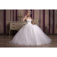 Formal Dresses, Wedding Dresses, One Shoulder Wedding Dress, Salons, Ball Gowns, Fashion, Dresses For Formal, Bride Dresses, Ballroom Gowns