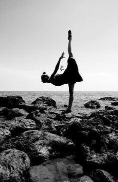Ballet on the Beach // do something balletic or graceful somewhere unexpected