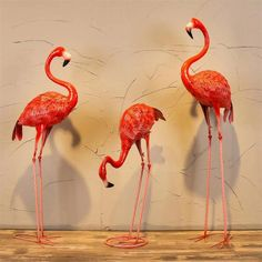 metal pink flamingo lawn ornaments for visual display