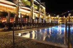 * Gloria Palace Royal at night  *Gloria Palace Royal por la noche  #night #GloriaPalaceRoyal #GranCanaria #summer #vacations