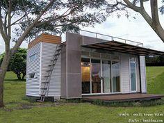 15 sqm. container house : บ้านคอนเทนเนอร์ ตู้เล็กๆ อยู่ อย่างง่าย ไลฟ์สไตล์ที่แตกต่าง