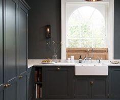 Dark kitchen dark grey kitchen cabinets, kitchen ideas in grey, kit Devol Kitchens, Cabin Kitchens, Grey Kitchens, New Kitchen, Kitchen Decor, Kitchen Design, Smart Kitchen, Kitchen Ideas, Tudor Kitchen
