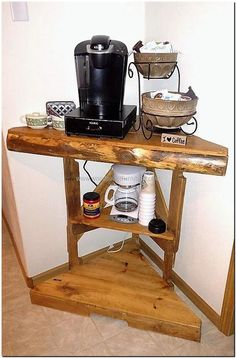 recycled pallets corner Coffee bar