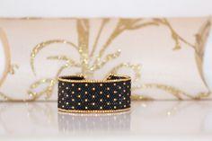 Bracelet manchette trés chic or et noir tissage peyote en perles de rocaille Miyuki 11/0 : Bracelet par pegase