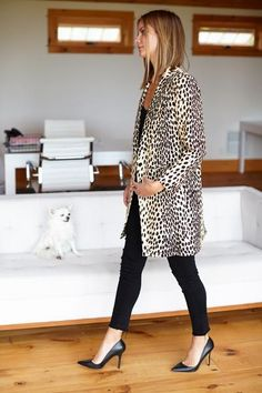Signature Emerson Leopard print on Belgian linen inspired/adapted from our in-house collection of 1960s Leopard coats. Tailored shoulder and slim sleeve with bo