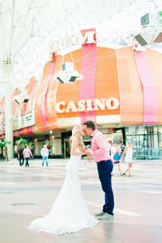 Cute Las Vegas elopement!