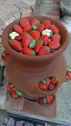 Painted Rocks Ladybugs strawberries leaves flowers by CraftElaines DIY Garden Yard Art When growing Stone Crafts, Rock Crafts, Diy And Crafts, Crafts For Kids, Arts And Crafts, Pebble Painting, Pebble Art, Stone Painting, Garden Painting