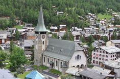 Die katholische Pfarrkirche Sf. Mauritius din Zermatt