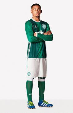 Moments no Twitter | Veja a nova camisa do Palmeiras Futebol  há 2 horas O clube anunciou nesta terça-feira o uniforme que será usado a partir de agora. A camisa tem dois tons de verdes, detalhes em… Veja mais no Twitter.