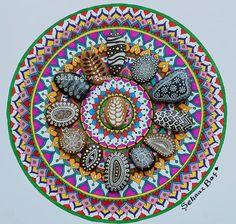 4 Hand Painted Stone Mandala / Mini by ISassiDellAdriatico on Etsy