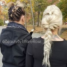 These #braids by @beautybytiffanyrose are #hairgoals at their finest.