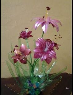 plastc bottle flowers -video also clik you ...https://www.youtube.com/watch?v=GajdHmDRFX0