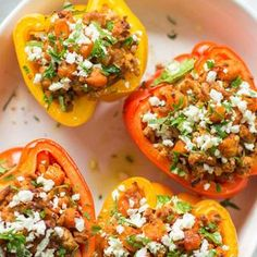 8 Healthy Lunches You Can Make One Big Batch Of And Eat All Week http://www.eatclean.com/recipes-how-to/healthy-lunches-to-eat-all-week