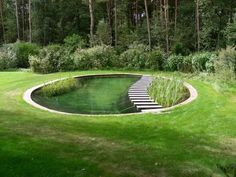 (via Pin by Rural Girl on Want It | Pinterest) THIS IS THE BEST POND IDEA I HAVE…