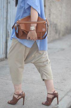 [ Lizzie Lo ]: utilitarian www.lizzie-lo.com/2016/06/utilitarian.html [MAC velvet teddy lipstick  +  HM blue squared shirt  +  Hermès collier de chien  +  LOEWE puzzle bag in tan  +  Comme des Garçons Homme Plus sarouel drop crotch pants  +  PRADA heels  +  Sally Hansen nail polish in All Bark]