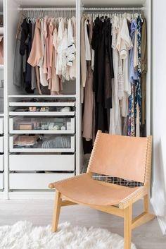 organized closet ins