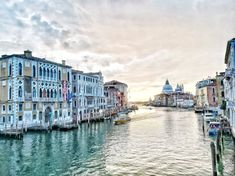 Venice has for sure not reputation as a budget destination and despite this fact, still thousands of tourists are flooding Venice each year.  The post How to visit Venice without breaking the bank appeared first on Go Restless.