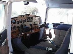 cessna 152 cockpit interior picture