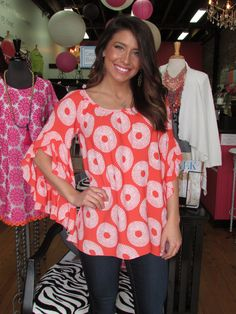 Where are my Clemson ladies?!? Our New ruffle sleeve top by Ivy Jane is perfect for any tiger event! #newarrival #ivyjane #clemson #tigers #spring #southern #shopcocobella #cocobellagirl #boutique #fashion #ruffle #yeahthatgreenville www.shopcocobella.com 864-283-0989