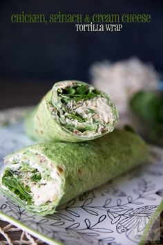 Chicken, Spinach Cream Cheese Tortilla Wrap // Looking for 30 minute meals? This wrap is so easy with the help of a pre-cooked rotisserie chicken. Healthy and delicious, perfect for the whole family. Perfectly portioned for a low calorie lunch or dinner! Protein Wraps, Protein Lunch, High Protein, Healthy Snacks, Healthy Recipes, Healthy Wraps, Skinny Recipes, Quick Recipes, Light Recipes