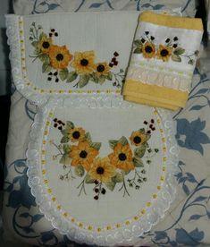 Hand Embroidery Art, Ribbon Embroidery, Laundry Room Design, Crochet, Artist, Crafts, Bathroom Artwork, Farmhouse Rugs, Carpet Ideas