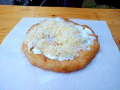 Balatoni látképek - Ha neked a Balaton. Hungarian Recipes, Street Food, Naan, Bagel, Mozzarella, Camembert Cheese, Foodies, Pineapple, Dairy