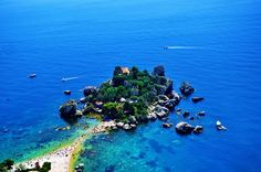 L'isola bella? #Taormina. More of Sicily's best beaches @ http://www.best-italian-wine.com/best-beach-in-Sicily.html