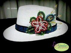 sombreros decorados - Buscar con Google Crochet Woman, Hats For Women, Crochet Hats, Beanie, Girly, Cap, Fedoras, Beaded Flowers, Folklore