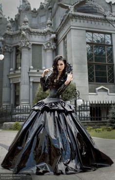 17 Gothic Ballgowns - Gothic Life