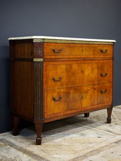 Inlaid Commode – Drew Pritchard Ltd