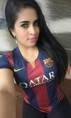 Hot Football Fans, Football Girls, Soccer Fans, Amazing Women, Beautiful Women, Girls Time, Sports Stars, India Beauty, Fc Barcelona