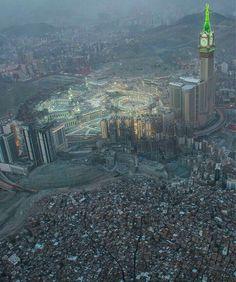 Masjid Haram, Mecca Masjid, Allah, Mecca Wallpaper, Mosque Architecture, Mekkah, Love In Islam, Beautiful Mosques, Beautiful Places To Travel