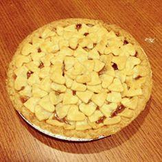 :: heart crust apple pie ::